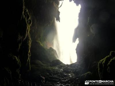 Parque Natural Monasterio de Piedra; grupos de montaña; actividades de ocio;puente de constitucion